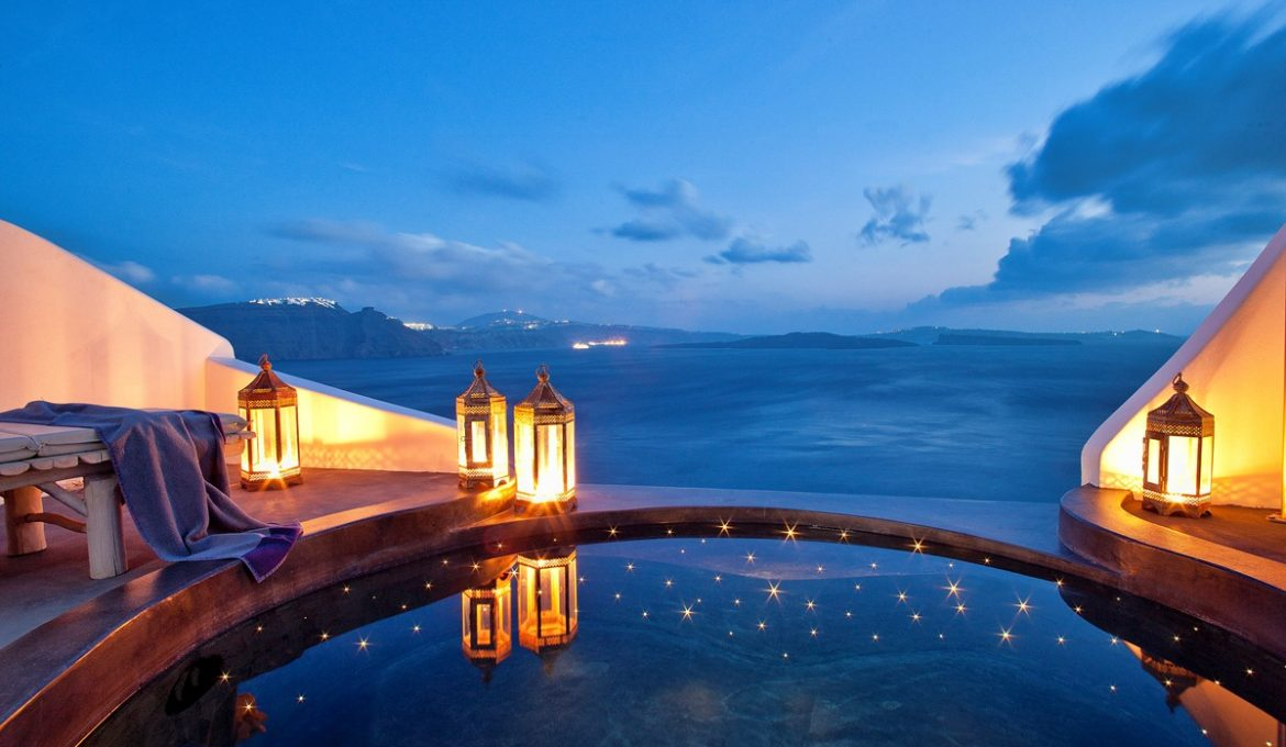 Exceptional Suite with Infinity Pool