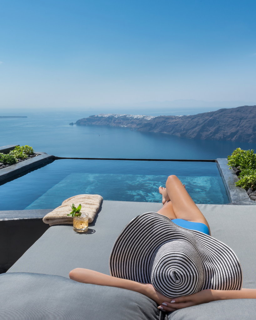 Finesse Suite Andronis Concept Wellness Resort in Santorini