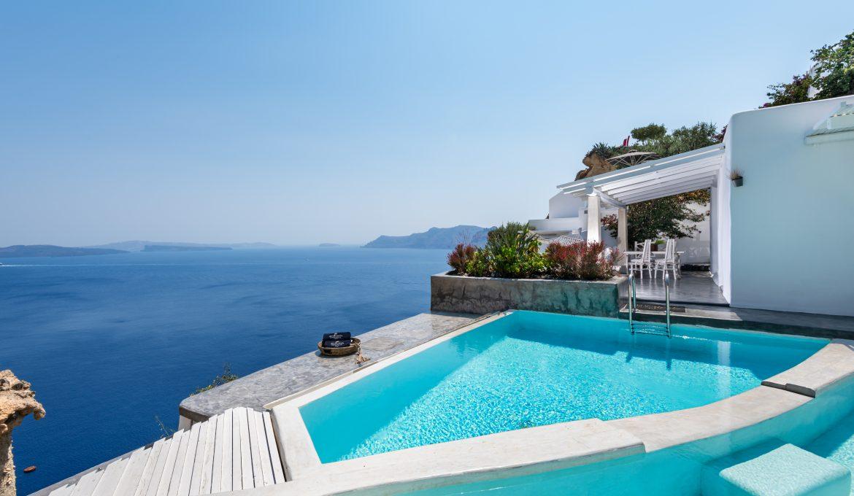 Pool of White House, Andronis Luxury Suites, Oia - Santorini